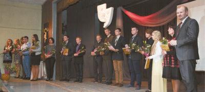 """Kęstučio Krasnicko (dešinėje) vadovaujamas """"Titnagas"""" yra gavęs ne vieną aukštą apdovanojimą už ilgametę teatrinę veiklą."""