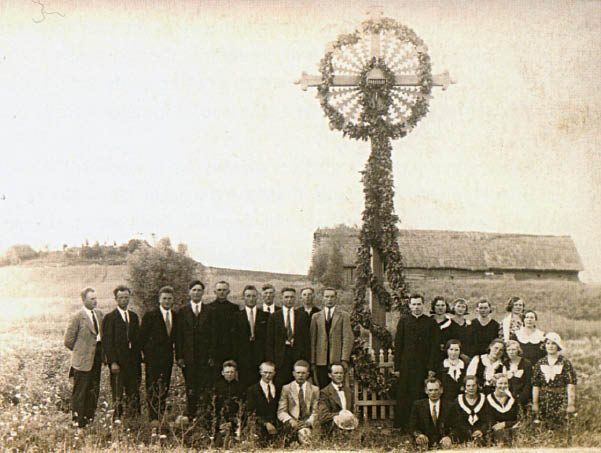 Medžio skulptūra: tradicija ir neišvengiamos naujovės