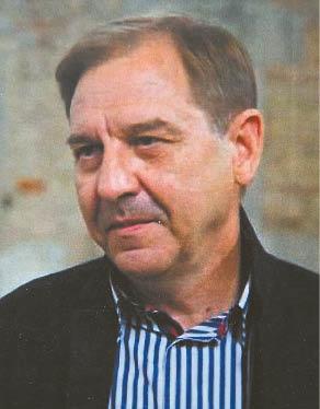 Archeologas, humanitarinių mokslų daktaras Albinas Kuncevičius, kurio tyrimų sritis – Lietuvos viduramžių archeologija, taip pat buvęs šios gimnazijos mokinys.