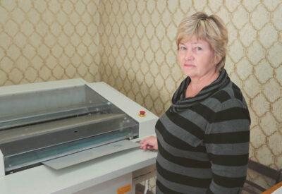 Linotipininkei Laimai Kunigonienei teko dirbti ir Kaune, buvusioje V. Mickevičiaus-Kapsuko spaustuvėje.