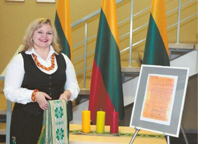Liudvinavo seniūnijos seniūnė Jolanta Maceikienė rūpinosi, kad kiekvienas gyventojas Lietuvos šimtmetį švęstų su geromis emocijomis.