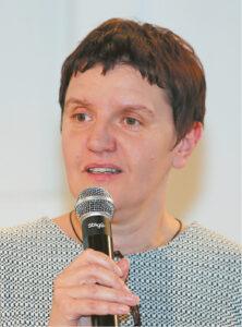 Renginį vedė viešnia iš Druskininkų – kultūros darbuotoja Rima Viniarskaitė.