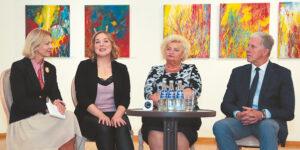 Spaudos konferencijoje Laura Latvaitytė-Zaman (antra iš kairės) plačiai kalbėjo apie tai, kas ją paskatino kurti savo vardo fondą.