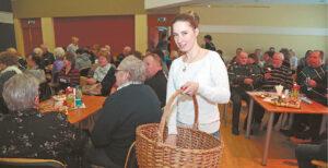 Negalią turintys žmonės kasmet mielai renkasi į Liudvinavo kultūros centre jiems rengiamą Gerumo šventę.