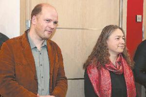 """""""Skulptūros menas turi potenciją pernešti žinią į ateitį"""", – sakė A. Jasiukevičiūtė ir D. Kučas, šiam projektui atidavę daugybę laiko."""
