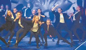 Koncerto metu pristatyta 20 šokio kompozicijų.
