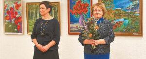 Parodą atidarė meno mokyklos direktorė Rima Kukalienė (kairėje) ir jos pavaduotoja Eglė Ambraziūnaitė.
