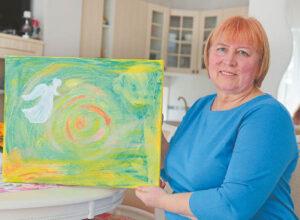 Elena Parachonkienė sako, kad jos kūryboje – daug šviesos, daug geltonos spalvos.