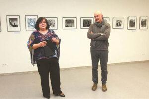 Loreta Skinkienė ir Gintaras Česonis pristatė parodą – Lietuvos fotomenininkų sąjunga dalijasi turimais lobiais...