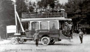 Taip atrodė pirmasis Lietuvoje autobusas, 1907 metais kursavęs tarp Druskininkų ir Porečės geležinkelio stoties.