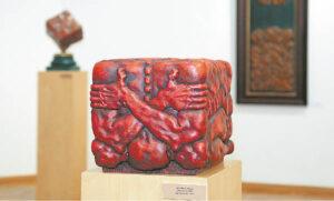 """""""Žmogus"""" – vienas parodos eksponatų."""