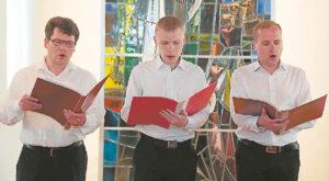 Vyrų trio iš Gardino dvasinės seminarijos sulaukė ovacijų.