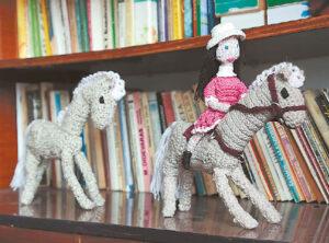 Žirgeliai – dar viena moters kolekcija.