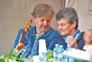 2019 metų Salomėjos Nėries premijos laureatė Dalia Saukaitytė ir bardas Gediminas Storpirštis.