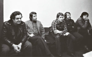 Keletas rašiusių ir teberašančių Marijampolės fotografijos istoriją: Romas Rūsteika, Kęstutis Jakubauskas, Algirdas Asipauskas, Juozas Vaškelis, Edmundas Urbanavičius (1981 metai).