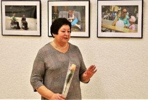 Marijampolės savivaldybės neįgaliųjų draugijos pirmininkė Lina Ežerinskienė sulaukė padėkos žodžių už aktyvią veiklą, o pati džiaugėsi neabejingais žmonėmis.