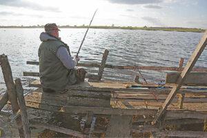 Žvejai visgi lankosi prie Žaltyčio, nors tai daryti ne žiemos metu iki šiol buvo draudžiama.