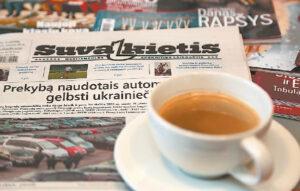 Vis dažniau tenka išgirsti, kad kai kuriems skaitytojams internetas nepakeis laikraščių. Ričardo PASILIAUSKO nuotrauka