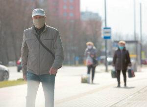 Koronaviruso sukeltas pasekmes gyventojai gali jausti dar ilgai.  Ričardo PASILIAUSKO nuotrauka