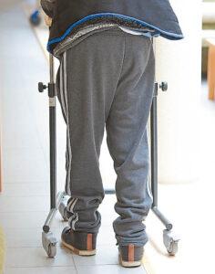Negalia žmones dažnai priverčia pagalbos ieškoti alternatyvia medicina užsiimančiose klinikose. Sėkmės istorijų – nemažai... Ričardo PASILIAUSKO nuotraukos