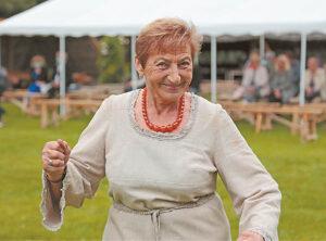 Penkiasdešimt metų Onutė Miliauskienė kultūros dirvonuose, 45 metus ji Tautkaičiuose – ir nė vienų nenorėtų išbraukti...