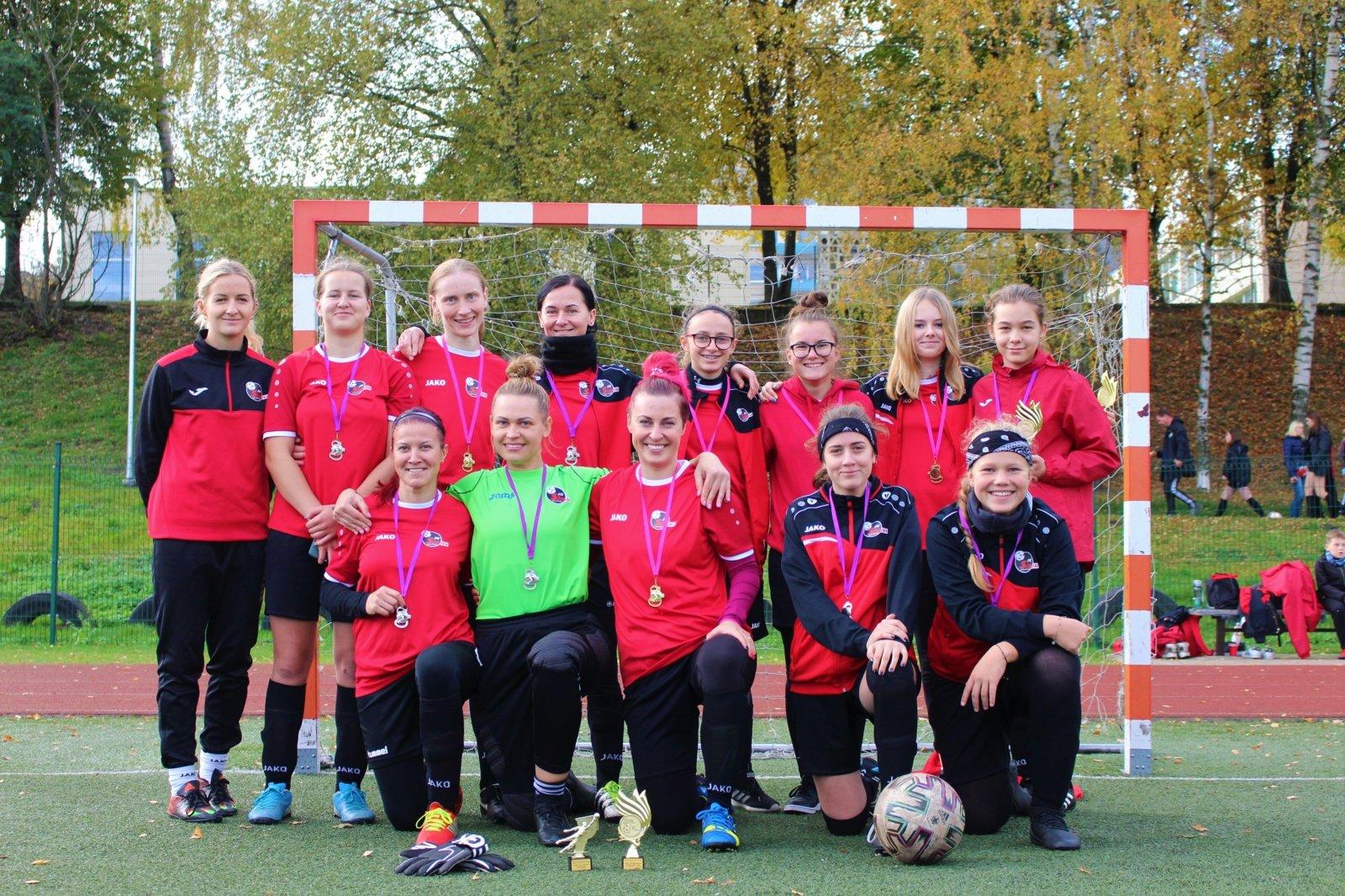 """Marijampolėje įvyko tradicinis moterų futbolo turnyras """"Miss futbolistė 2020"""""""