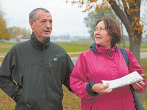 Loreta Palubinskienė ir Darius Pauliukonis sakė, kad pastaruoju metu Sasnavoje tikrai daugiau policijos.