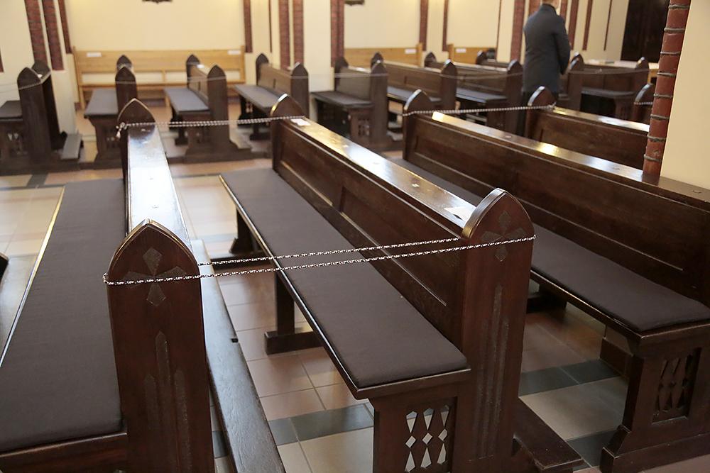 karantinas bažnyčioje