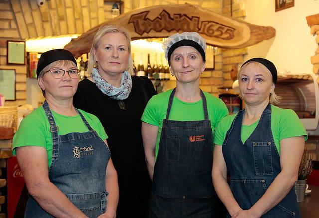 """Stebuklus """"Trobių"""" virtuvėje kuria (ne)paprastos moterys"""