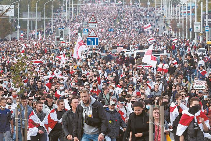 Baltarusijoje protestai pasižymi taikingumu