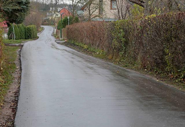 Ramunės gatvėje paklotas asfaltas palengvino soduose gyvenančiųjų būtį.