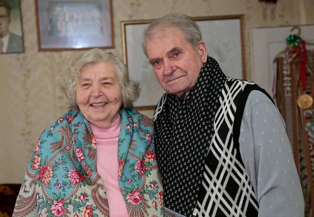Olga ir Vaclovas Gurevičiai džiaugiasi gražia šeima – trimis sūnumis, aštuoniais anūkais ir pulku proanūkių.