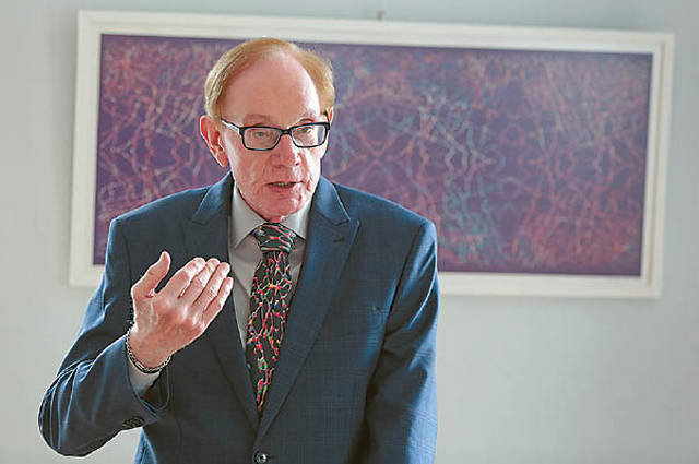 Projekto dėmesio centre – JAV gyvenančio mokslininko ir menininko A. Plioplio kūryba.