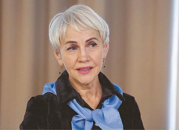 """Patirti išgyvenimai Ireną Mikalavičienę atvedė į savanorystę. Jau kelerius metus ji vadovauja Onkologinių ligonių asociacijai """"Rūpestėlis""""."""