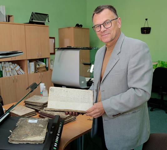 Kauno regioninio valstybės archyvo Marijampolės filialo vedėjas Rimvydas Urbonavičius sako, kad archyvai – ypač svarbi atminties institucija.
