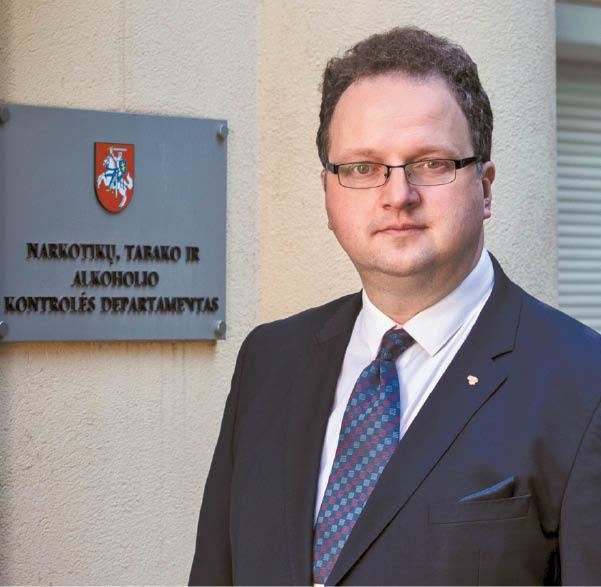 Narkotikų, tabako ir alkoholio kontrolės departamento direktorius prof. dr. Renaldas Čiužas.