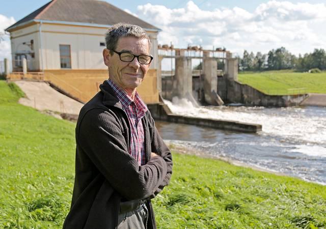 Ilgametis Gavaltuvos kaimo bendruomenės pirmininkas ir Antanavo hidroelektrinės energetikas Justinas Kailius įsitikinęs, kad nugriovus hidroelektrinę nauda gamtai nekompensuotų socialinių nuostolių.