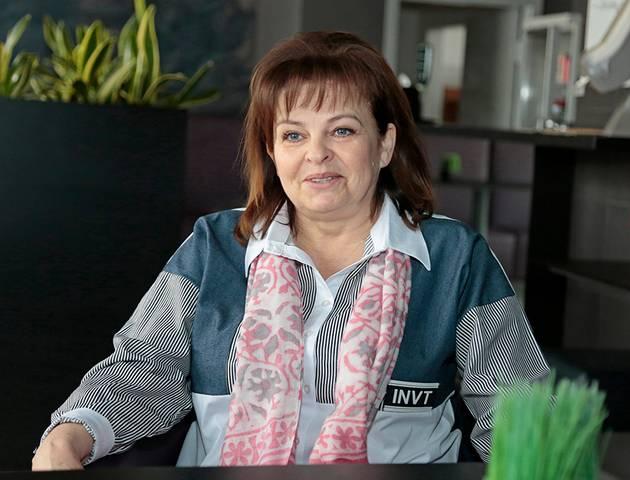 """UAB """"Klevai"""", kuriai priklauso J. Basanavičiaus aikštėje veikianti """"Kavinukė"""", vadovė Rasuolė Klevienė sako, kad šio karantino pabaigos įmonė sulauks, tačiau dar vieno karantino, ko gero, nebeištvertų."""