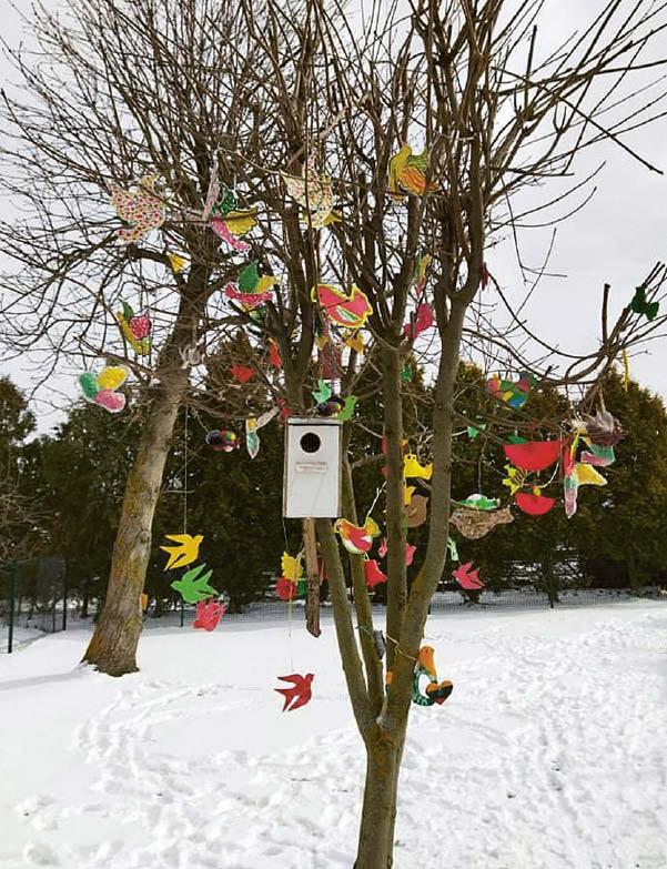 """Dovana Lietuvai – respublikinė paroda """"Papuoškime ąžuolus Laisvės paukščiais"""""""