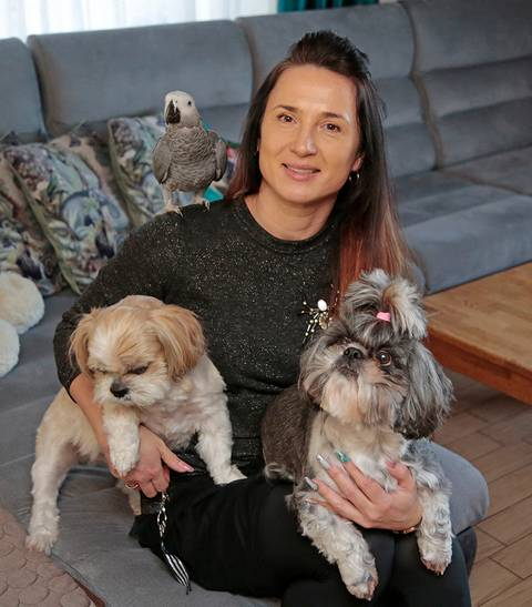 """""""Gyvūnai keičia mus, augindami juos mokomės ir patys būti kitokie"""", – sako Vendra Rėklienė."""