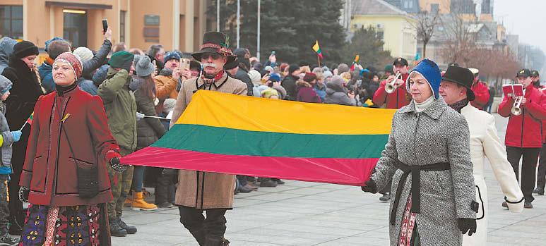 Vinco pasikalbėjimai su Jonu  apie lietuviškos Trispalvės istoriją