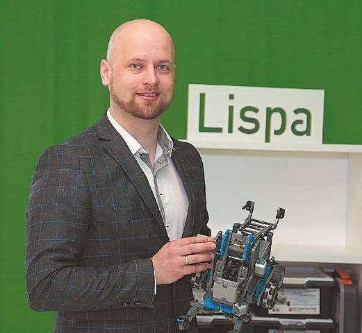 LISPA mokyklos vadovas Vaidas Baranauskas sako, kad technologijų tobulėjimui ir perspektyvoms ribų nėra. Pavyzdys – virtuali realybė, nanotechnologija, bioinžinerija, didieji duomenys. Technologijos lengvina mūsų buitį, gerina gyvenimo kokybę.