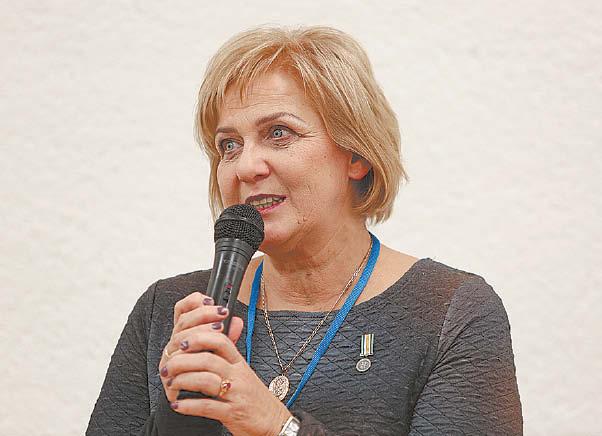 Marijampolės Petro Kriaučiūno viešosios bibliotekos direktorė Daiva Kirtiklienė sako, jog pandemija marijampoliečių skaitymo įpročių smarkiai nepaveikė, o tik sustiprino ryšį su knyga.