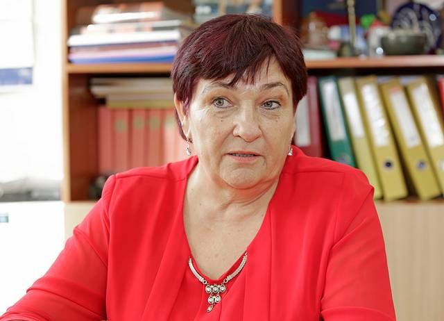 Liudvinavo Kazio Borutos gimnazijos Padovinio pagrindinio ugdymo skyriaus vedėja Irma Sinkevičienė sako, kad atsisakyti pedagoginio darbo jai dar nesinori, nors nuo kitų mokslo metų ji liks bedarbė.