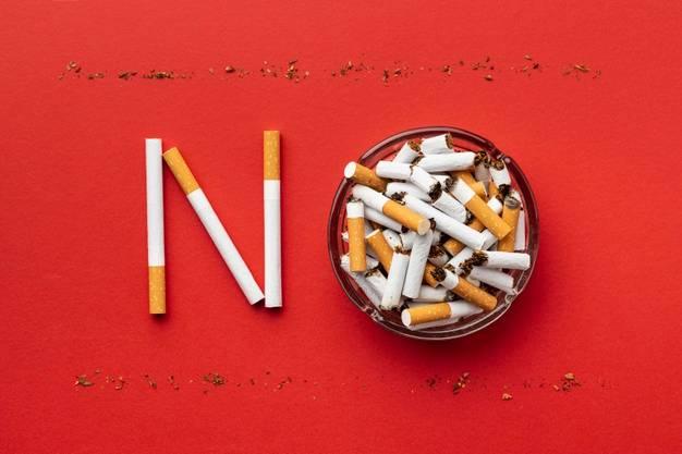 Lauko kavinėse jau galime kvėpuoti laisviau, tačiau  kaip išvengti šalimais rūkančiųjų keliamo pavojaus?