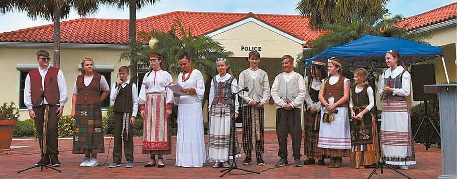 Nuotrauka iš socialinių tinklų: Vasario 16-osios šventė lietuviškoje mokyklėlėje, Urtė – antra iš dešinės.