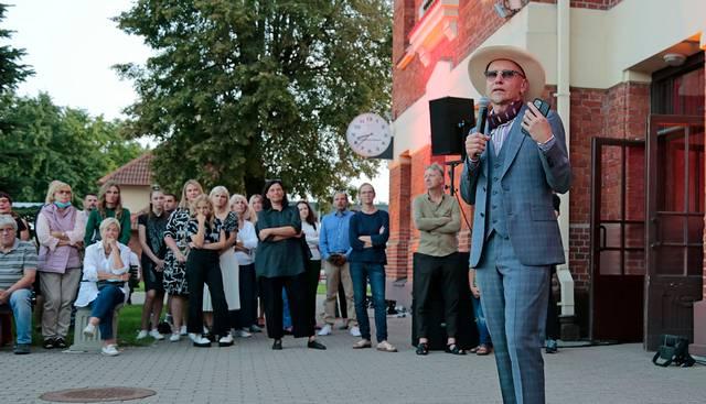R. Bartkus sveikino marijampoliečius ir svečius, džiaugėsi, kad simpoziumas vyksta jau aštuntą kartą.