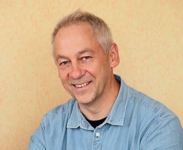 Dr. Ramūnas Valiokas.