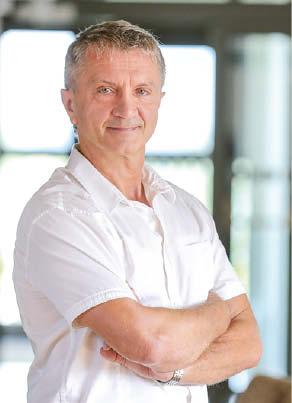 Profesorius Rimantas Kėvalas įspėja apie sunkius koronaviruso šalutinius poveikius, kurie gali atsirasti net ir persirgus lengva forma.